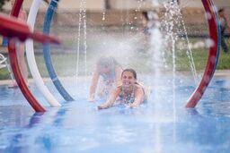 Dacono-in-the-heart-Splash-Park-Life-Style-0102_preview